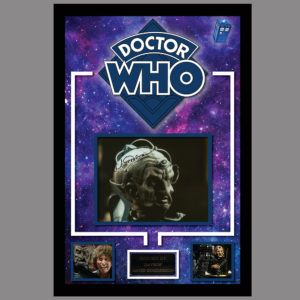 DOCTOR WHO PICTURE SIGNED BY DAVROS ACTOR - DAVID GOODERSON